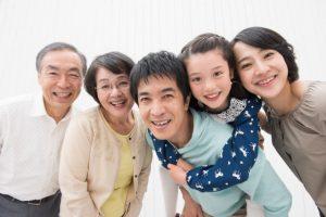 家族信託で家族のために財産を使う家族